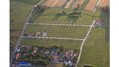 Szabadi út és Sport u. között a lakópark.